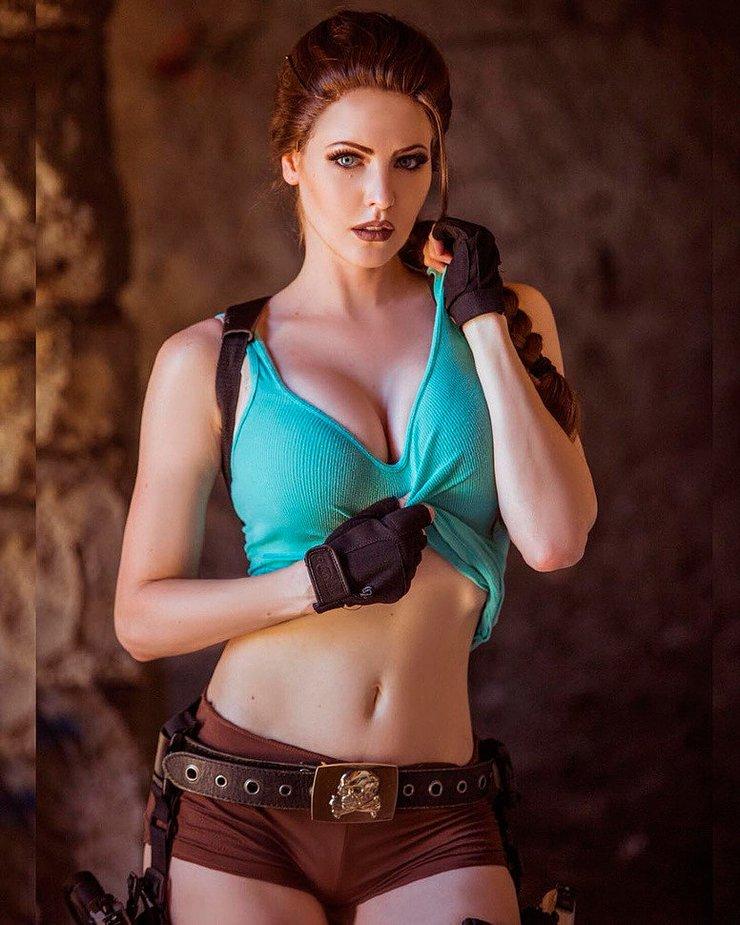 Lara Croft Cosplay - Rise of the Tomb Raider in 2020